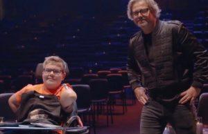 Superheld Kevin ontmoet zijn held Guus Meeuwis!